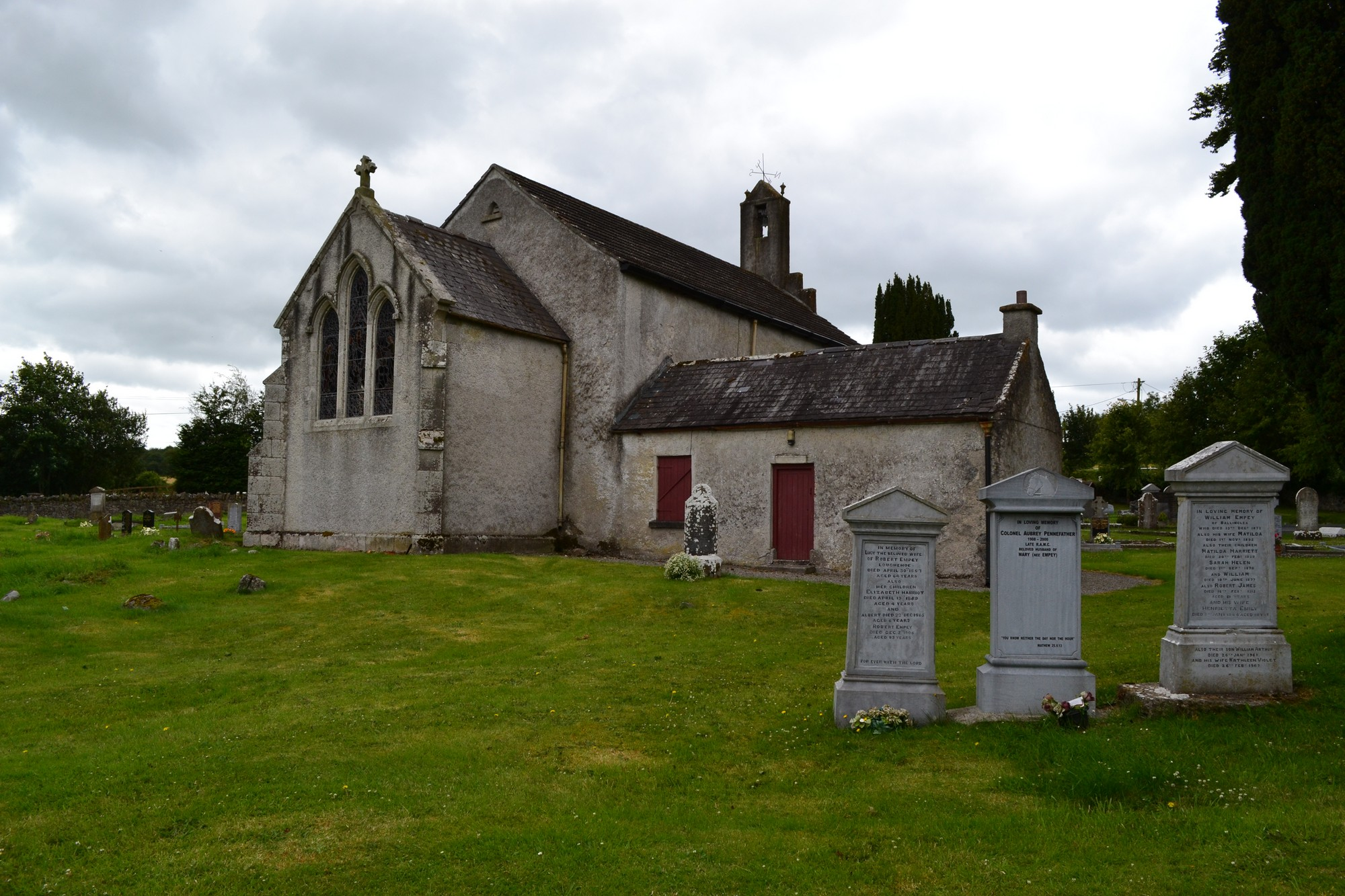 Graves and graveyards in County Laois | The on-line graves